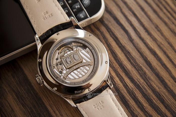 Đồng hồ Doxa D187TIY: Big Date, khung niềng vàng khối 18K - Ảnh 4