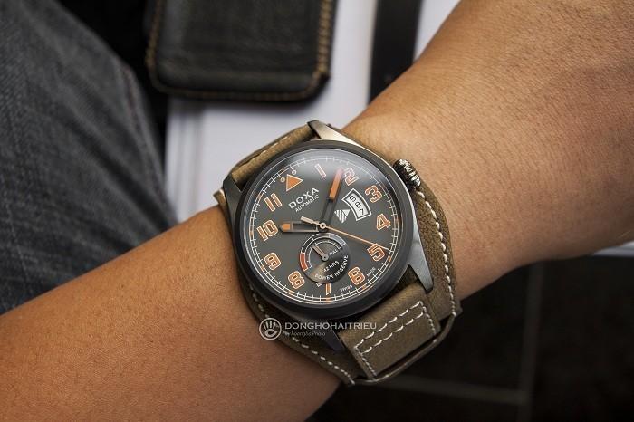 Doxa D213GGY, đồng hồ phi công, dây bund dưới mặt đồng hồ- Ảnh 5