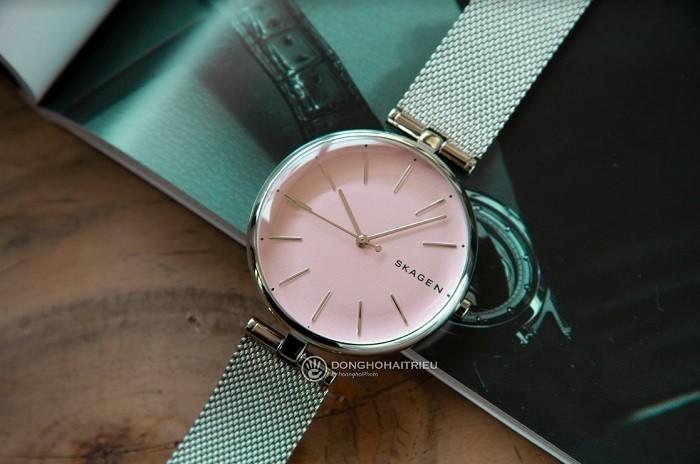 Review đồng hồ Skagen SKW2708 màu hồng nữ tính, quyến rũ - ảnh 2