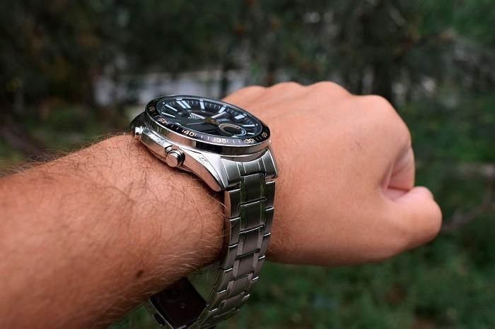 Đồng hồ Casio EFV-C100D-1BVDF, Dạ Quang 4