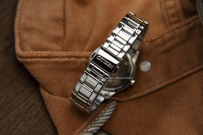 Đồng hồ Citizen EM0528-82H năng lượng ánh sáng mới nhất - Ảnh 2
