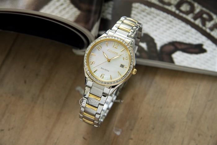 Đồng hồ Citizen EO1184-81D khảm xà cừ, đính pha lê cao cấp Ảnh 4