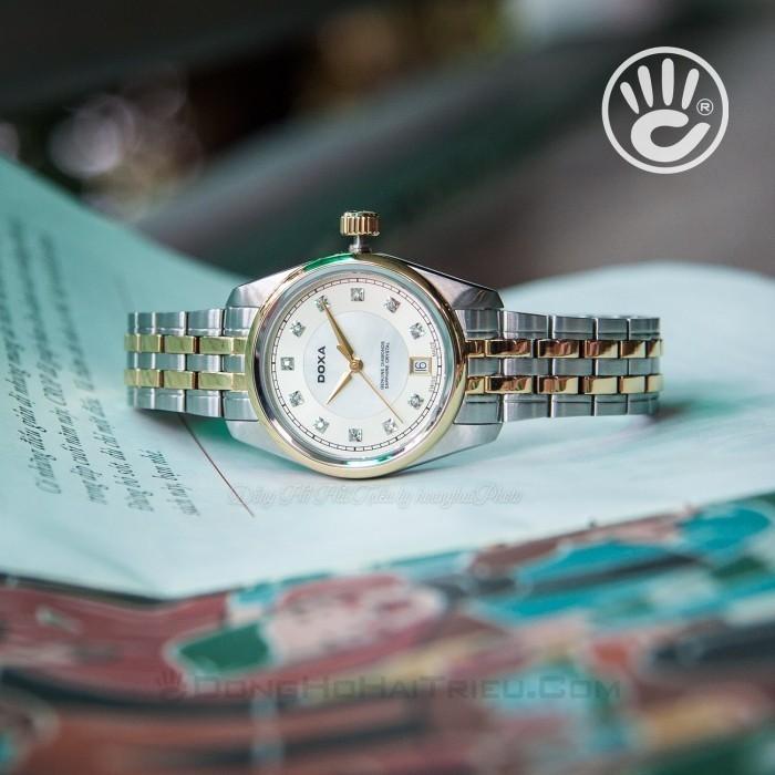 Đồng hồ Doxa D150TCM Kính Sapphire 4