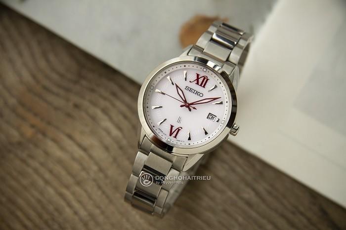 Review đồng hồ Seiko SUT387J1 mặt kính Sapphire chống trầy - Ảnh 2