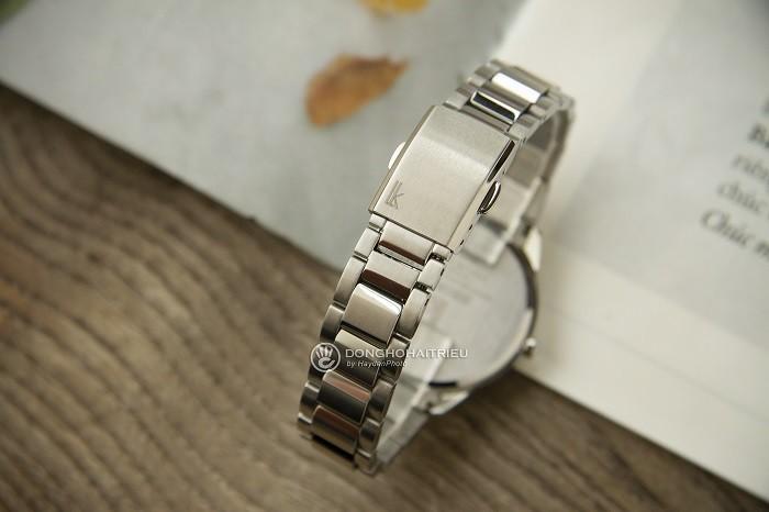 Review đồng hồ Seiko SUT387J1 mặt kính Sapphire chống trầy - Ảnh 3