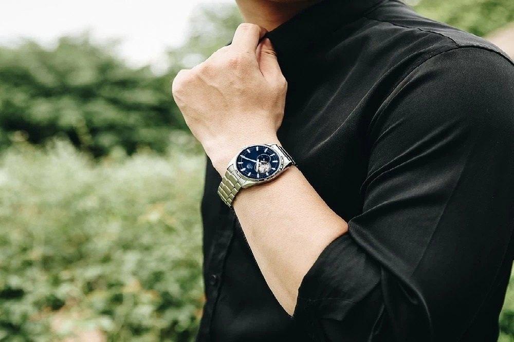 Cùng chiêm ngưỡng thiết kế của mẫu đồng hồ Orient nam mặt xanh đang được săn lùng nhiều nhất - Ảnh 23