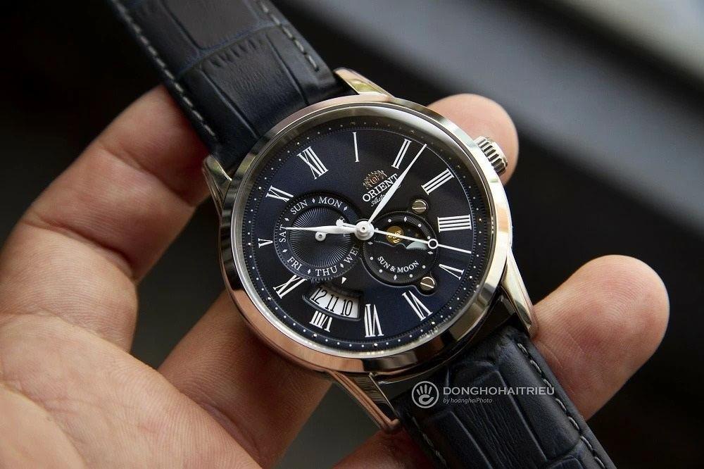 Cận cảnh mẫu đồng hồ Orient mặt xanh sở hữu thiết kế thời trang, bắt mắt - Ảnh 9