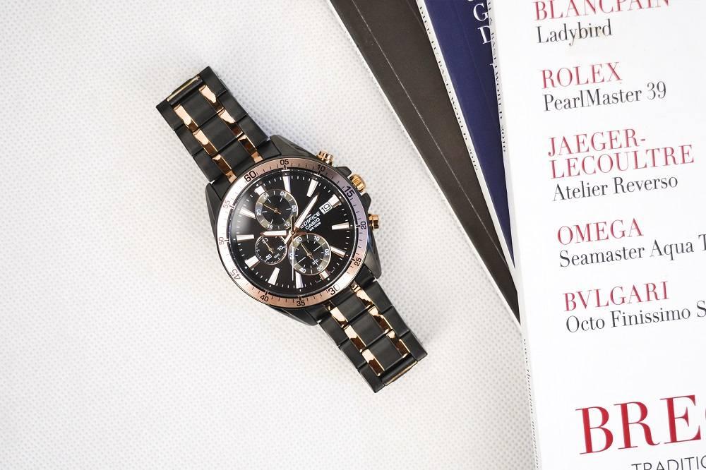 Cùng theo dõi bảng xếp hạng đồng hồ Thụy Sỹ theo giá bán - Ảnh 15