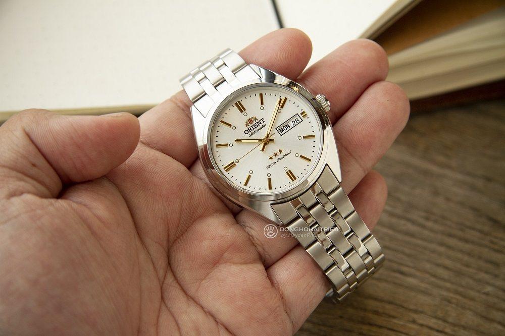 Những vật liệu cao cấp được gia công trên mẫu đồng hồ Orient 3 sao cũ - Ảnh 11