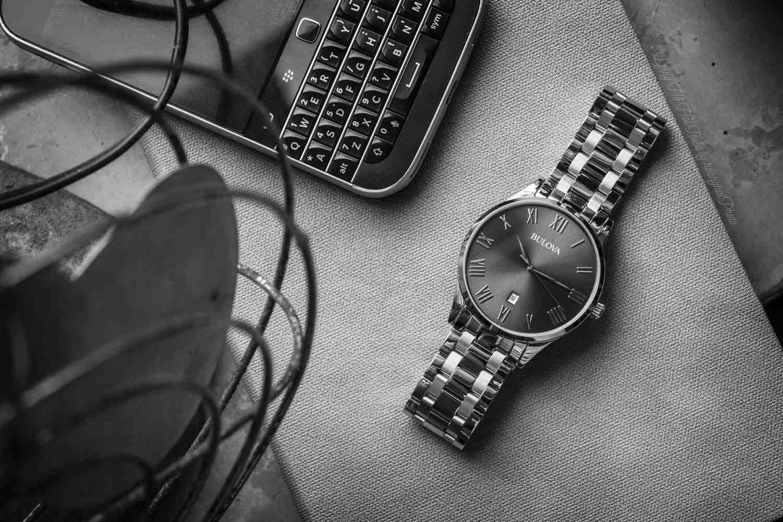 Đồng hồ nam giá từ 5 đến 10 triệu mua Quartz hay Automatic? - Ảnh 1