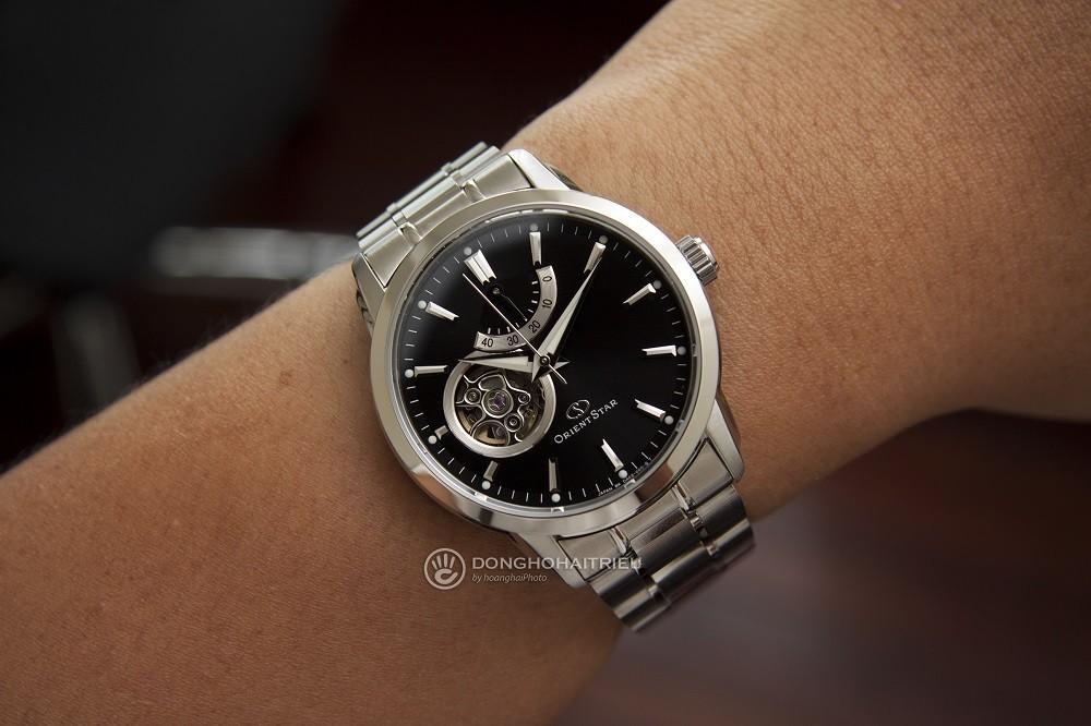 Đồng hồ Orient có mức giá hợp lí với người dùng - Ảnh 1